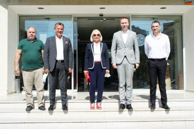 TOBB KGK Başkanı Nurten Öztürk MİTSO'da sordu: ORMAN YANGININDAN ETKİLENEN AİLELERE NASIL YARDIM EDEBİLİRİZ?